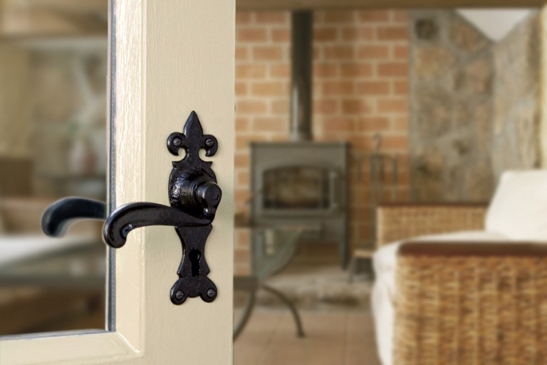 Black Traditional Ironmongery, Kirkpatirck Door Handle